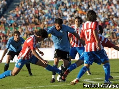 Maximiliano Pereira Uruguay - Foto: fifa.com