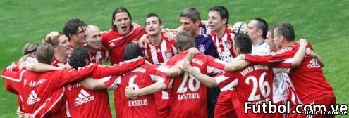 Bayern Múnich virtualmente campeón de la Bundesliga y Van Gall ya sueña con el triplete.