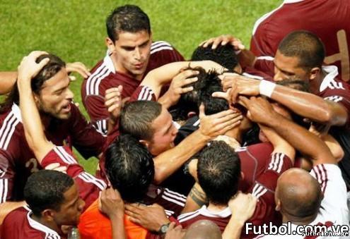 La Federación Española de Fútbol (RFEF) anunció hoy que la selección jugará un partido amistoso en Venezuela contra el combinado de este país el próximo 1 de junio, en una sede que la Federación Venezolana confirmará dentro de unos días