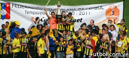 El Deportivo Táchira celebra su 7ma estrella en Pueblo Nuevo. Foto: Genaro Pascale