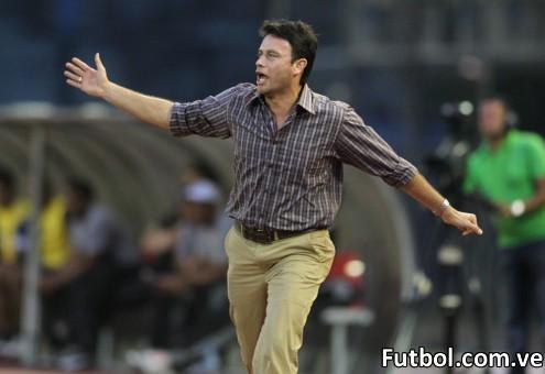 """Según fuentes cercanas al equipo emeritense, la directiva estaría por anunciar en las próximas horas un acuerdo al que habrían llegado con el ex-Director Técnico de Zamora Fútbol Club y Deportivo Táchira Jesús """"Chuy"""" Vera."""