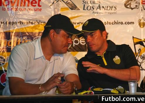 El estratega colombiano Jaime De La Pava ha sido anunciado formalmente este miércoles como el nuevo director técnico del Deportivo Táchira F.C. para conducirle a partir del mes de enero cuando comience la disputa del torneo Clausura del fútbol profesional venezolano y la Copa Santander Libertadores 2012.