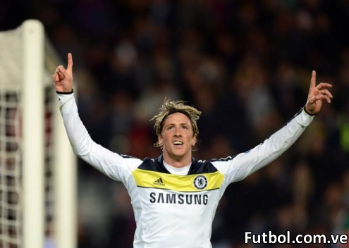 Chelsea's Spanish forward Fernando Torres celebrates after scoring during the UEFA Champions League second leg semi-final football match Barcelona against Chelsea at the Cam Nou stadium in Barcelona on April 24, 2012. Ten-man Chelsea reached the Champions League final after drawing 2-2 with holders Barcelona in their semi-final final second leg clash here to progress 3-2 on aggregate. AFP PHOTO / ADRIAN DENNIS