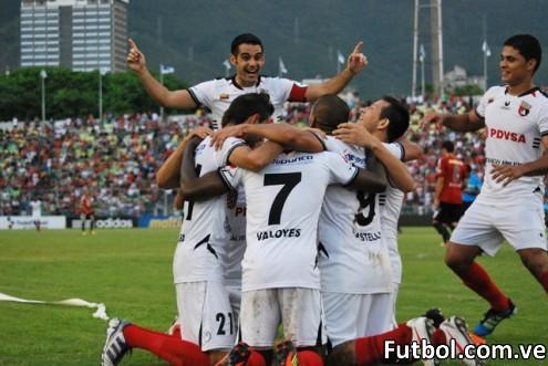 Foto correspondiente a la fecha 14 del torneo profesional venezolano. Caracas FC - Deportivo Lara. Resultado 1 x 2. Fecha 22/04/2012. Foto: Prensa Deportivo Lara